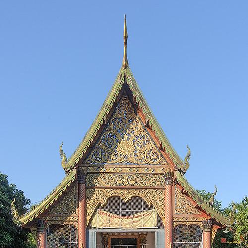 Wat San Pa Khoi Phra Wihan Gable (DTHCM2474) วัดสันป่าข่อย หน้าจั่ว พระวิหาร