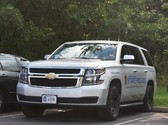 Virginia State Police Motor Carrier Unit Slicktop 2015 Chevrolet Tahoe (NorthernVirginiaPoliceCars) Tags: virginiastatepolice motorcarrierunit motorcarriersafetyunit virginia state police motor carrier safety trooper chevrolettahoe chevrolet chevy tahoe suburban slicktop law enforcement officer leo thinblueline bluelivesmatter patrol car truck van suv vehicle vehicles outdoors 911 rescue hero heroes emergency first responders responding dog dish rims lightbar rambar public government lights sirens sheriff community policing chantillyvirginia chantilly bus code photography nikon d3400 fire ems crime prevention responder
