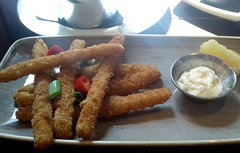 Panko coated squid stick with garlic mayo and lemon (Tony Worrall) Tags: add tag ©2018tonyworrall images photos photograff things uk england food foodie grub eat eaten taste tasty cook cooked iatethis foodporn foodpictures picturesoffood dish dishes menu plate plated made ingrediants nice flavour foodophile x yummy make tasted meal nutritional freshtaste foodstuff cuisine nourishment nutriments provisions ration refreshment store sustenance fare foodstuffs meals snacks bites chow cookery diet eatable forsale stock buy image foodphotography buynow sale sell