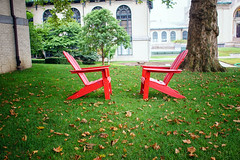 Agreement (Paul McCarthy99) Tags: chairs cmu sony 24mm minolta vintage leaves red green campus a6000