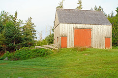 DSC00944 - Fisherman's Barn (archer10 (Dennis) 145M Views) Tags: museum sony a6300 ilce6300 18200mm 1650mm mirrorless free freepicture archer10 dennis jarvis dennisgjarvis dennisjarvis iamcanadian novascotia canada navypool fisherman'slifemuseum jeddoreharbour oysterpond easternshore