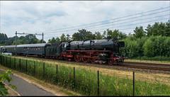 De SSN 01 1075 en 65 018 onderweg naar Hoorn.