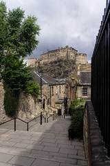 Edinburgh Castle (p.mathias) Tags: castle edinburgh scotland fort fortress cloudy overcast summer capital history historical historic street steps unitedkingdom sony a5100