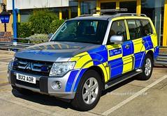Metropolitan Police Mitsubishi Shogun BU12 AOR CKM (policest1100) Tags: metropolitan police mitsubishi shogun bu12 aor ckm