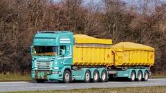 AH54555 (18.04.04, Motorvej 501, Viby J)DSC_4112_Balancer (Lav Ulv) Tags: 244430 scania rseries pgrseries scaniarseries green r560 v8 topline 2013 rigid trailer kærre rolloffcontainer dlg jakobpedersen 8x24 r6 e5 euro5 kelbergtrailer truck truckphoto truckspotter traffic trafik verkehr cabover street road strasse vej commercialvehicles erhvervskøretøjer danmark denmark dänemark danishhauliers danskefirmaer danskevognmænd vehicle køretøj aarhus lkw lastbil lastvogn camion vehicule coe danemark danimarca lorry autocarra motorway autobahn motorvej vibyj highway hiway autostrada
