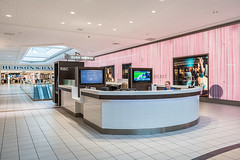 Upper Level Kiosk (Michael Muraz Photography) Tags: 2015 canada newmarket northamerica on ontario oxfordproperties toronto uppercanadamall world architecture commercial interior interiordesign mall shop store ca