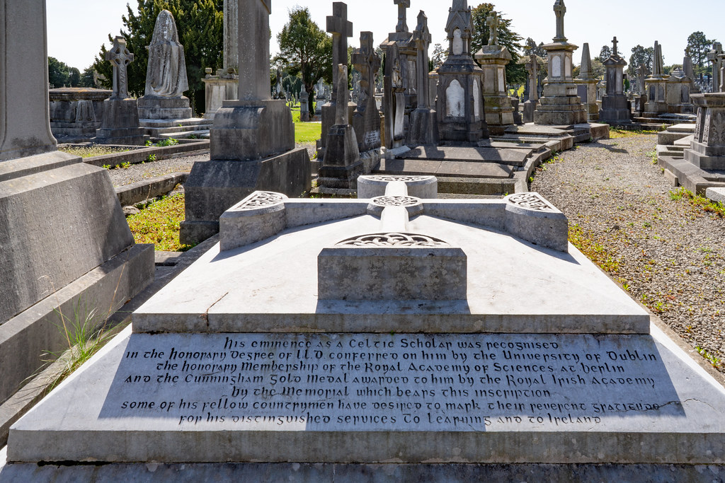 JOHN O'DONOVAN AN IRISH SCHOLAR [BURIED IN GLASNEVIN CEMETERY DECEMBER 13 1861]-138856