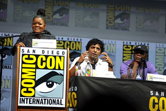 Yvette Nicole Brown, M. Night Shyamalan & Samuel L. Jackson (Gage Skidmore) Tags: yvette nicole brown m night shyamalan samuel jackson glass san diego comic con international 2018 convention center california