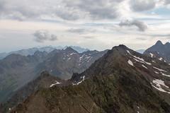 Sur les crêtes (S. Torres) Tags: frenchalps alps rhônealpes alpes mountain montagne crêtes landscape paysage