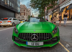 Mercedez Benz -AMG (M.Zeeshan) Tags: london england unitedkingdom gb wideangle englandstreetphotography car carreflections reflections perspectives canon5dmark3 canon5d canon1740mm sportscars mercedez mercedezbenz mercedezbenzamg sloanesquare supercars londonstreets uk shoreditch green parrotgreen