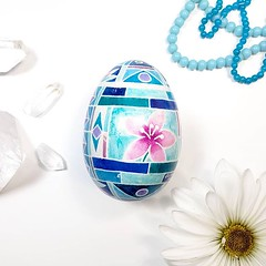 Blue Cherry Blossoms Arts and Crafts style (Greenfaeriedesigns) Tags: instagram ifttt egg eggshell pysanky pysanka art artwork crafts craft ukraine flowers pink pinkflower blue teal lightblue antiquedesign cherryblossom bluestainedglass easter easteregg pastelcolors color handmade vintagelook antiquelook craftsman artsandcrafts americancraftsman