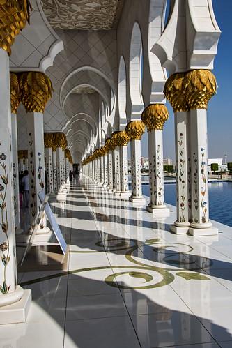 Reflecting pool and columns, Sheikh Zayed Mosque, Abu Dhabi