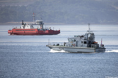 The Western Ferries boat Sound of Shuna and the RN Archer-class patrol boat HMS Raider, P275; Firth of Clyde, Scotland (Michael Leek Photography) Tags: ship boat ferry westernferries westernscotland westcoastofscotland westernhighlands clyde firthofclyde holyloch strone royalnavy rn britainsnavy britainsarmedforces roro passengervessel passengership patrolship patrolvessel patrolboat warship nato faslane hmnbclyde gareloch hmsneptune archerclass michaelleek michaelleekphotography