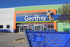 """Former Geoffrey (Toys """"R"""" Us), Meridian, MS (Retail Retell) Tags: toys""""r""""us meridian ms concept prototype unique rare exterior geoffrey giraffe geoffreystoys""""r""""us retail liquidation closing bankruptcy going out business former toy store toys r us"""