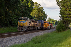 NS 216 and NS 231 at Austell (travisnewman100) Tags: norfolk southern ns train railroad intermodal 231 216 bnsf burlington northern santa fe union pacific up austell inman terminal district georgia division sd70ace es44c4 ge emd locmotive
