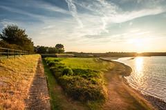 Veere (Omroep Zeeland) Tags: bastion zon meer zonsondergang strand stenen railing zand gras landschap