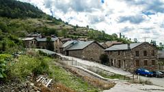 2581  Civis, Lérida (Ricard Gabarrús) Tags: ciudad aldea villa pueblo civis calle nubes rural rustico montaña ricardgabarrus ricgaba olympus