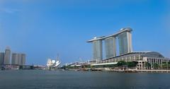(mrfighting) Tags: singapore marina bay sands helix bridge