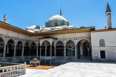 Istanbul - Palais Topkapı - Kiosque d'Erevan (Darth Jipsu) Tags: constantinople suleiman historic landmark istanbul turkey kiosk ottoman unesco mehmed palace topkapı dome architecture erevan revanköşkü europe sultan byzantine turquie tr