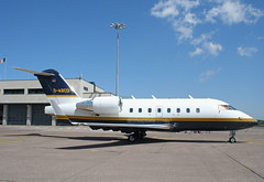 D-ABCD Challenger 604 (corkspotter / Paul Daly) Tags: add tags dabcd bombardier canadair cl6002b16 challenger 604 cl60 5565 l2j ksep 3c4864 boneair busniess charter gmbh 2003 20031221 n604kb