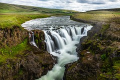 Waterfall in Vididalsa (Einar Schioth) Tags: kolugljufur kolugljúfur water waterfall walley vididalur river rocks rock sky day canon clouds cloud coast cliff canyon vividstriking nationalgeographic ngc nature landscape lake photo picture outdoor iceland ísland einarschioth grass grassland sigma sigma2470