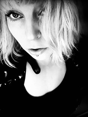 """""""We should meet in another life, we should meet in air, me and you."""" (Neya photography - every portrait is a journey) Tags: youknowthethrill blaablaa gaze bw loveneya lunamir 2018 blonde closeup selfie plath white black"""