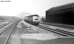 1717 (Hoover 29) Tags: diesel type4 class47 pretopsnumber 1717 passengertrain 1a35 tysleystation birmingham england