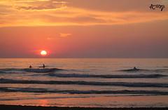(Music ON_World OFF) Tags: sunset sol sun atardecer liencres santander photo shot sea ocean spain españa costa beach orange red calm ngc