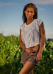 Courtney Johnson (02_224) (ronnie.savoie) Tags: africanamerican black noir negra woman mujer chica muchacha girl pretty guapa lovely hermosa browneyes ojosnegros brownskin pielcanela portrait retrato model modelo modèle smile sonrisa wampoldpark batonrouge louisiana diaspora africandiaspora