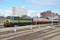 "British Railways Two-Tone Green Class 47/8, D1935 ""Roger Hoskins MA 1925 - 2013"" (37190 ""Dalzell"") Tags: br britishrailways twotonegreen brush sulzer type4 duff spoon class47 class478 d1935 rogerhoskinsma19252013 47805 47650 47257 locomotiveservices loadedtestrun crewe"