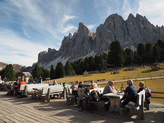 (kekyrex) Tags: dining restaurants puezodle valgardena rifugi funes villnoss geisleralm dolomites dolomiti italy italia altoadige mountains montagne bz