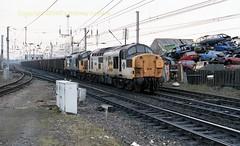 Mossend 37049'326 Iron Ore 29mar89 c093 (Ernies Railway Archive) Tags: mossendyard cr lms scotrail
