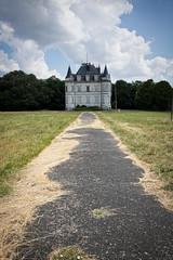 Château Poséidon (Fla(v)ie) Tags: urbex abandonné abandoned abandonedcastle châteauabandonné châteauposéidon châteaudulaitier château castle châteaurodneyalcala architecture