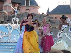 Disneyland Paris June 2018 (Elysia in Wonderland) Tags: disneyland disney paris holiday birthday june 2018 elysia lucy pete meryn princess starlit waltz princesses jasmine belle ariel snow white cinderella aurora tiana rapunzel