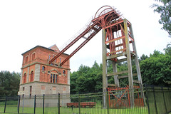 Bestwood Engine House and Headstock (jpotto) Tags: uk nottinghamshire bestwood colliery windingwheel pithead industrial eastmidlands victorian headstock pumphouse enginehouse bestwoodcolliery building structure architecture windingenginehouse mining coal coalmining