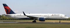 Boeing 757-231 N711ZX (707-348C) Tags: dublinairport dublin dub airliner jetliner boeing eidw boeing757 b752 delta deltaairlines dal n711zx passenger 2018 ireland