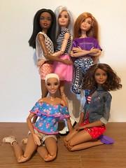 Party Of 5.... (Gavapillar) Tags: barbieskipper barbiechristie barbie2018 barbiecaligirl barbiefashionista barbiemadetomove barbiedoll barbie