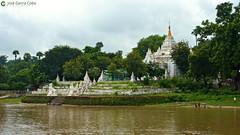 11-10-04 02 Myanmar (105) R01 (Nikobo3) Tags: asia myanmar burma birmania mandalay culturas templos paisajeurbano paisajes naturaleza travel viajes nikobo joségarcíacobo