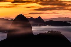 Sugar Loaf - Rio de Janeiro (mariohowat) Tags: sugarloaf morrodopãodeaçucar morrodaurca pãodeaçucar riodejaneiro natureza amanhecer alvorada nascerdosol canon6d brasil