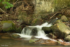 2018 ReDo52 (debbiegould97) Tags: waterfall highspeed slowshutter water bridge rocks pool landscape