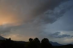 Soir d'orage (RarOiseau) Tags: ciel orage couchant nuage fouillouse hautesalpes paysage montagne v1000