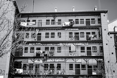 La Corrala (profesorxproyect) Tags: nikon d7100 madrid city ciudad spain streetphotography street callejera centrodemadrid byn blackandwhite bw blancoynegro bn lacorrala corrala turismo lavapies