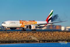 A6-ECD EK B77W 34L YSSY-3250 (A u s s i e P o m m) Tags: emirates ek boeing b77w syd yssy sydneyairport expodubai2020