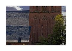 ELBURG (NL) - Grote Kerk of Sint Nicolaaskerk (Babaou) Tags: niederlande nederland gelderland elburg veluwemeer veluwe kirche kerk dxopl schiefer mauerwerk backstein dach kerktoren kirchturm putten2018