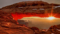 Mesa Arch Sunrise (qad1gime2018) Tags: arch canyonlands landscapes mesaarch red rock snow sun sunrise tonyshi utah morning xiaoying