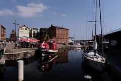 Stralsund / Hafen (tom-schulz) Tags: x100f outofcamera ooc conversionlenswide stralsund thomasschulz hafen segelboot kanal wasser kutter reflexion reflection