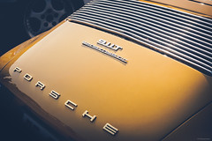 Porsche 911 T Sportomatic (Sebastian Bayer) Tags: gelb auto speyer klassiker sportwagen detail museum historisch porsche brazzeltag gold oldtimer 911 sportomatic 911t