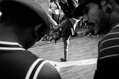 (@fbioandr) Tags: blackandwhite hiphop music musica streetphotography rua fotografiaderua pretoebranco portrait rap