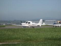 N147GT leaving. (aitch tee) Tags: cardiffairport aircraft generalaviation cirrus sr22 n147gt lightaircraft cwlegff maesawyrcaerdydd walesuk