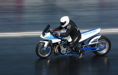 Suzuki 1700_8275 (Fast an' Bulbous) Tags: drag race track bike biker motorcycle motorsport fast speed power acceleration santapod